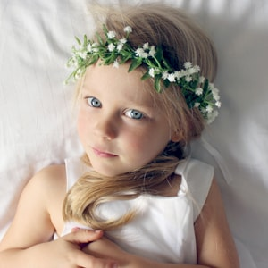 babys breath gypso wedding flower girl crown
