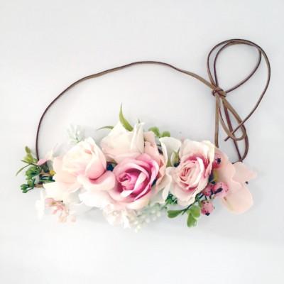 bridesmaid hair flowers pink