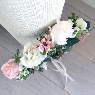 pretty_hair_flowers_blush.jpg