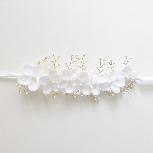 white flower bridal headpiece
