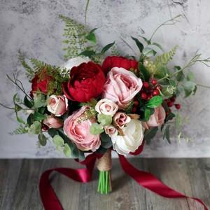 pink red roses bride floral