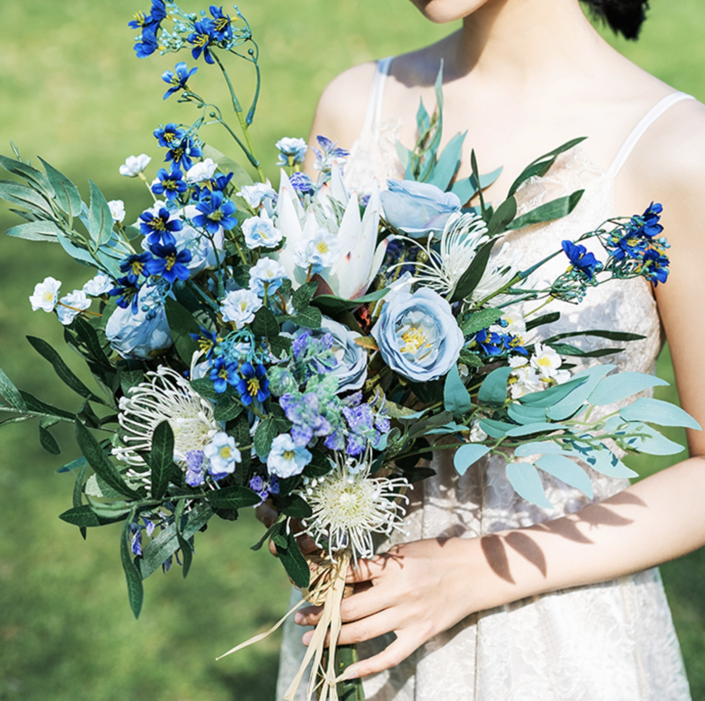aqua floral bouquet wedding