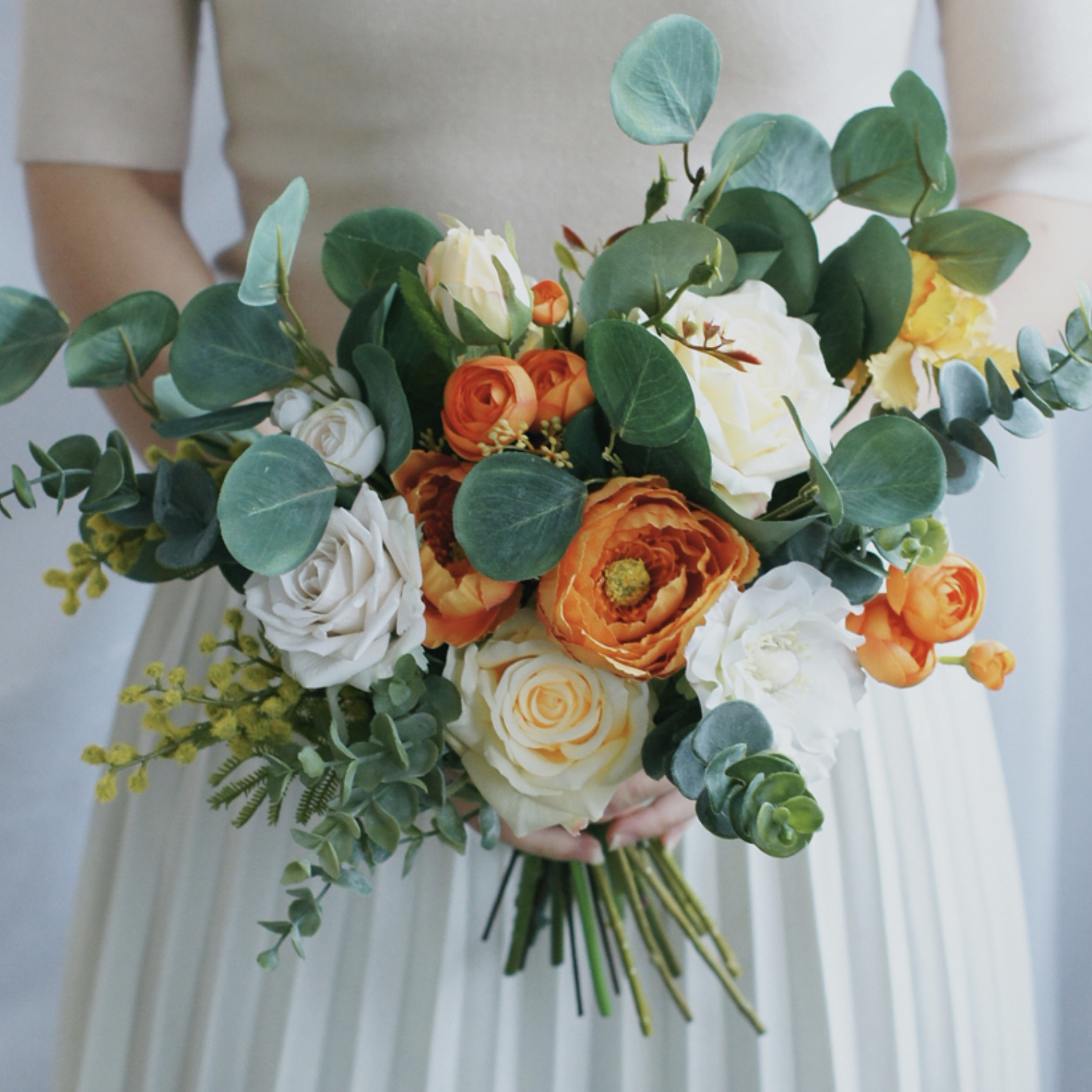 bride bouquet leafy boho