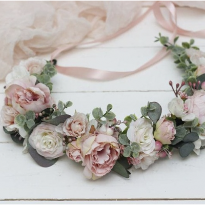 wedding pink roses hair