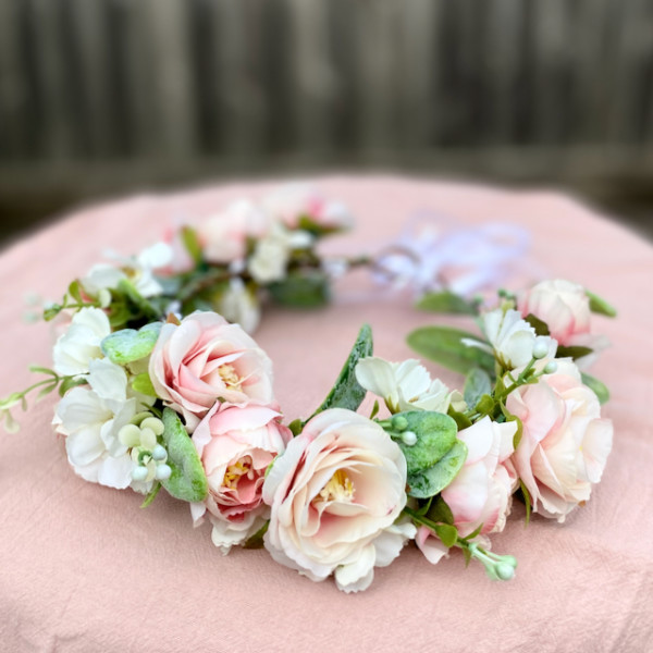 peach pink hair flowers events